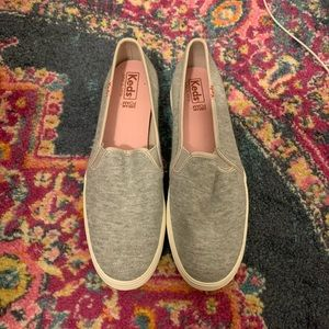 NWOT slip in light grey keds
